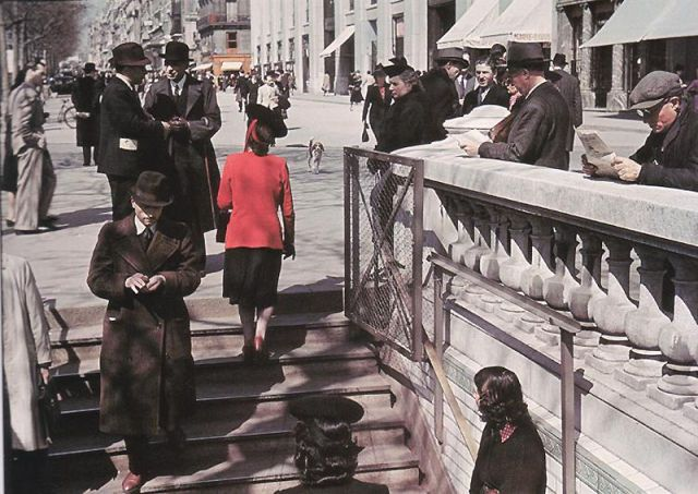 Andre Zucca: Nazi Propaganda Photos - Paris during WW213