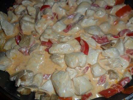 *** Pâtes au poulet, poivrons et champignons ***