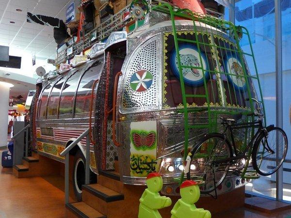 Participez au Café Thé n° 81 - Voyage fabuleux en bus...