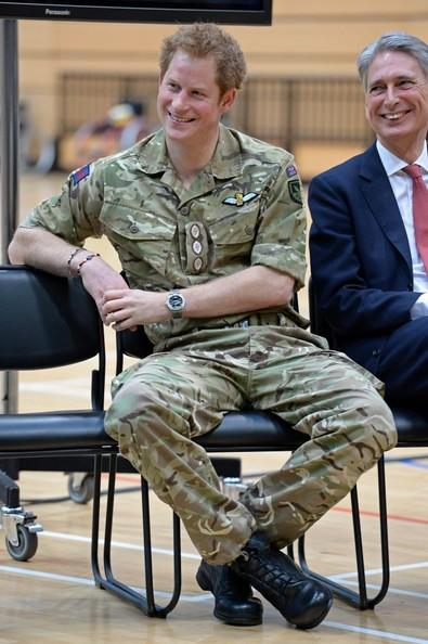 Harry et les militaires