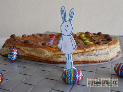 Œuf de Pâques feuilleté exotique