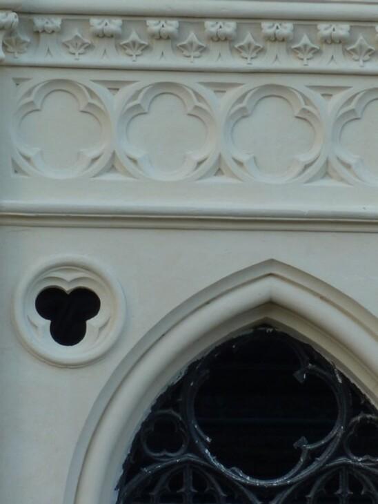 """""""Résurrection"""" d'une chapelle ...."""