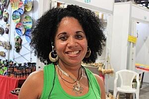 Cuba-La Havane(65 )sourire cubain au marché artisanal