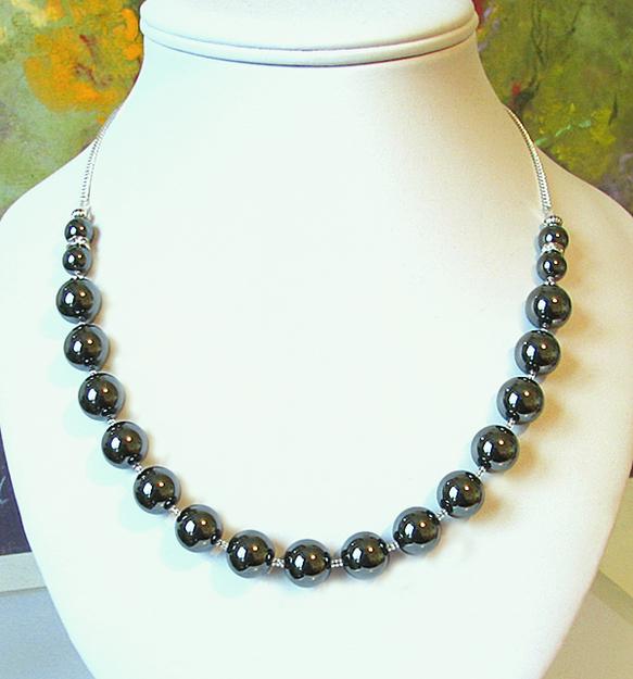 Long Collier Perles Pierre naturelle d'Hématite haute qualité / Plaqué argent