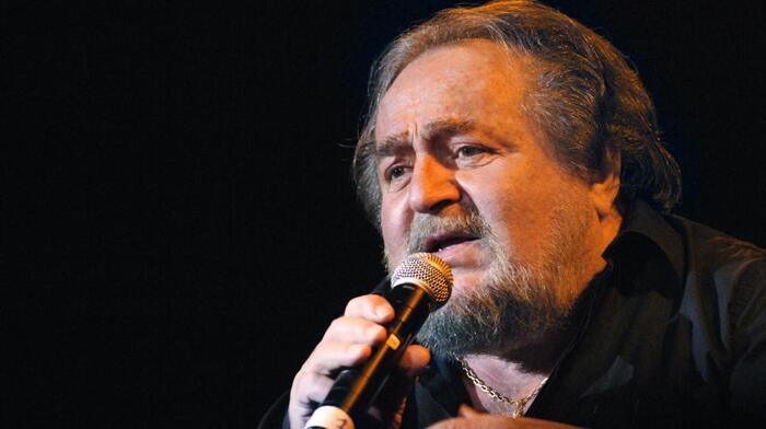 Le chanteur Richard Anthony est mort à 77 ans