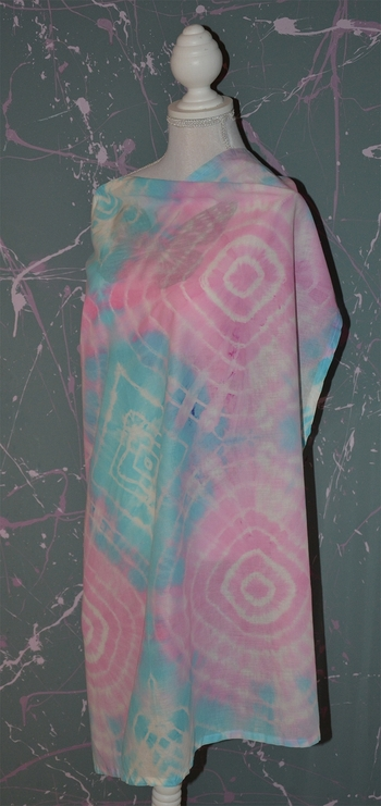 foulard rose et bleu carré tie and dye 3