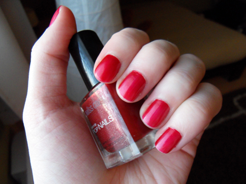 Vernis Pop Nails Miss Cop (n°09 : Rouge Amour)