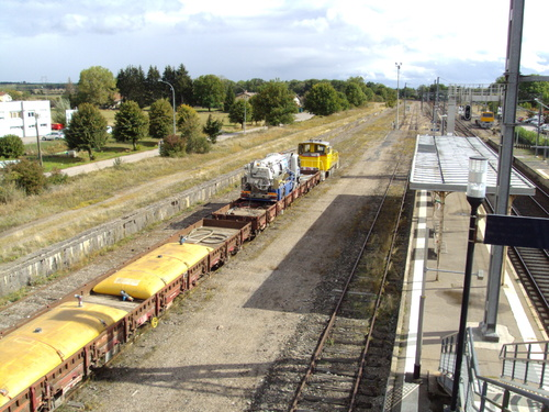 L'Y8361 infra à Charmes