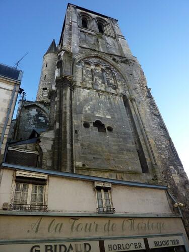 Tours-Tour-de-l-Horloge.jpg