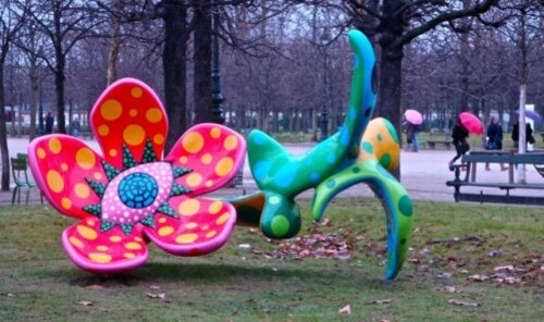 Kusama flowers midnight Tuileries 3