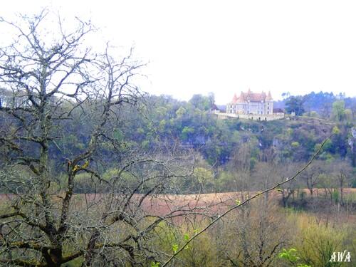 Chateau inconnu en Doedogne,sur le roure de Marsac