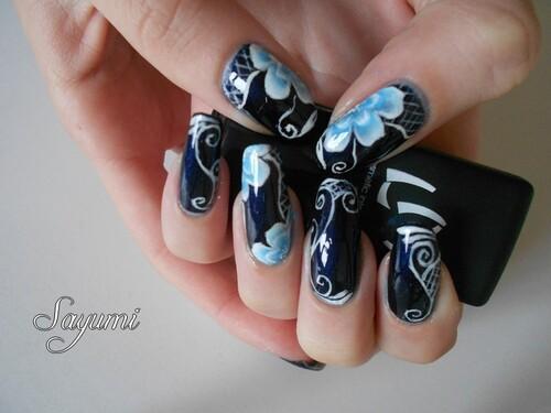 Nail Art Fleurs Glacées