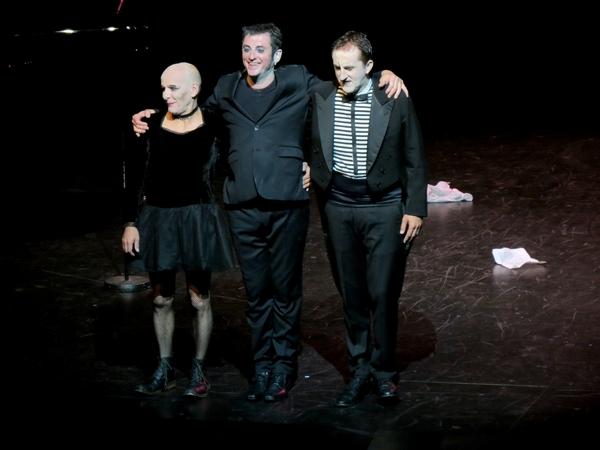 Yves Jamait a chanté magnifiquement Jean Guidoni, au Théâtre Gaston Bernard de Châtillon sur Seine...