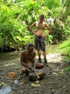 11 Juillet 2014 - Une journée avec les Mentawaï