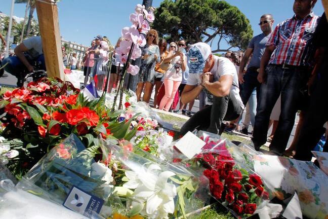 ATTENTAT A NICE - Promenade des Anglais de Nice au lendemain de l'attentat