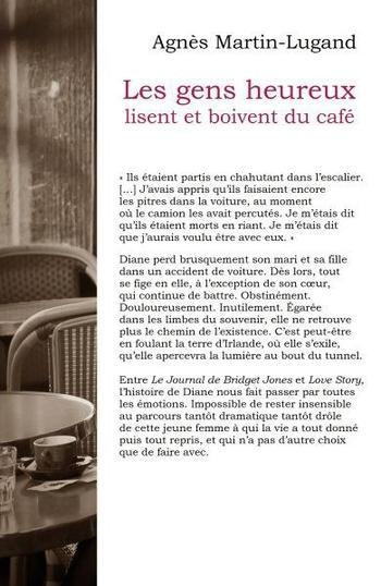 les_gens_heureux_lisent_et_boivent_du_café_4