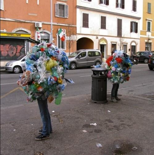 Mark Jenkins homme poubelle Rome