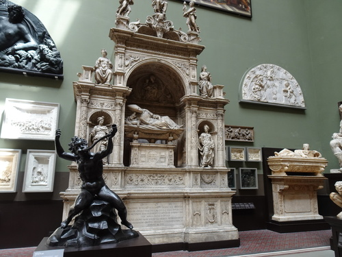 Visite du musée Vitoria and Albert Museum à Londres (photos)