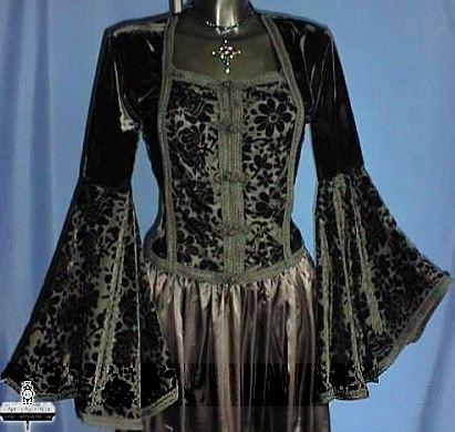 quelques tenues gothiques la vie en noire. Black Bedroom Furniture Sets. Home Design Ideas