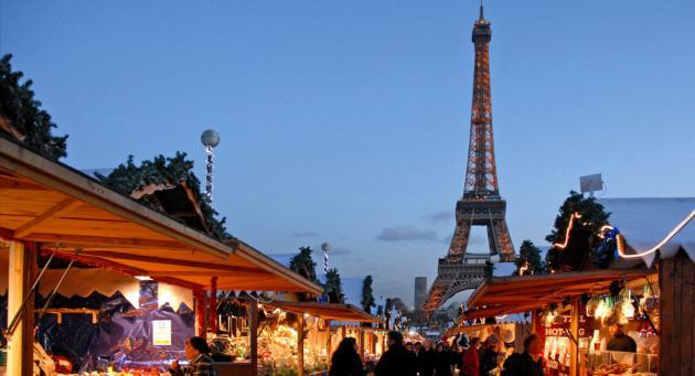 Du 23 novembre au 29 décembre, le marché de Noël de Mulhouse met à l'honneur artisanat local et bredala.