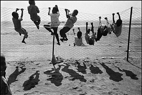 Somalian-refugees-at-Hiswa-camp--Aden--1992--from--copie-1.jpg