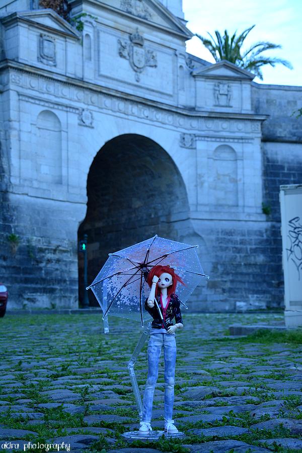 Daisuke s'en va jouer sous la pluie