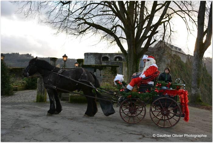 "La balade de "" Père Noël "" en Belgique ."
