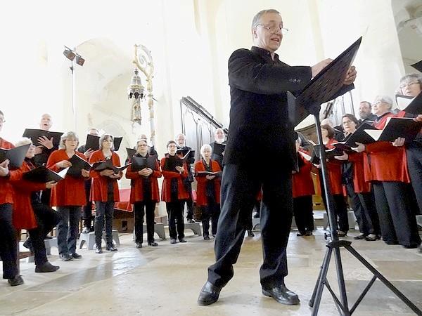 Le Laostic a donné un superbe concert en l'église Saint-Vorles de Châtillon sur Seine...
