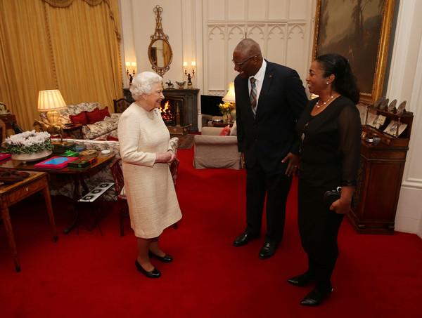 Elizabeth et le gouverneur