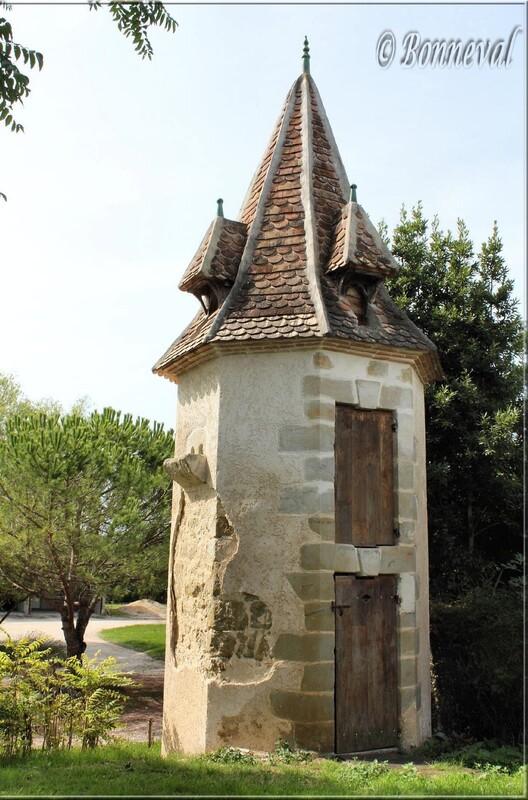 Pigeonnier sur pied octogonal Villebramar Lot-et-Garonne Aquitaine