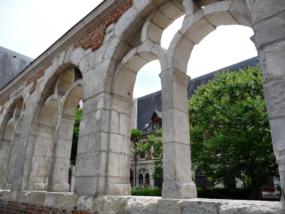 Les cloîtres d'Amiens