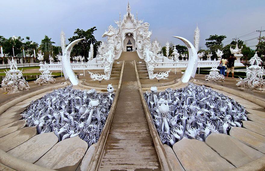 white-temple-thailand-12