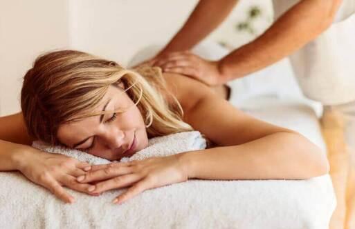 Les massages sont idéaux pour alcaliniser le corps