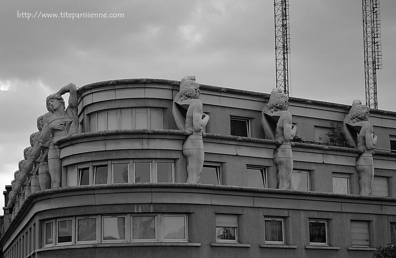 Les esclaves du commissariat du 12e arrondissement