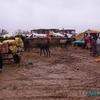 douar gzoula - souk - les ânes, la charettes, les chalands et la boue