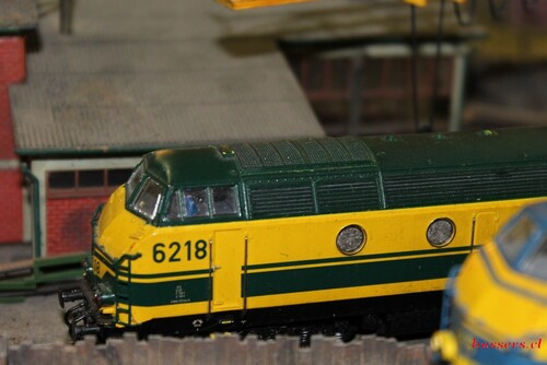 explo de trains minatures