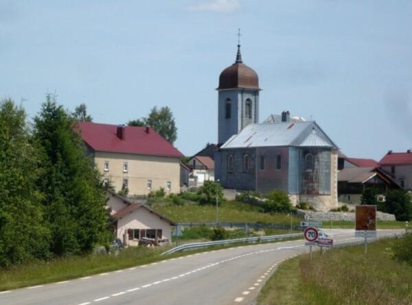 Eglises-recouvertes-d-une-armure03.jpg
