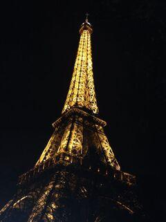 >>--» PARIS «---<<
