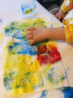 Peinture aux pochoirs