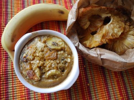 Petits puddings aux fruits et aux flocons de riz