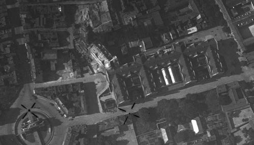 Lille - Porte de Paris et Hôtel de Ville en cours de construction le 02-07-1931 (remonterletemps.ign.fr)