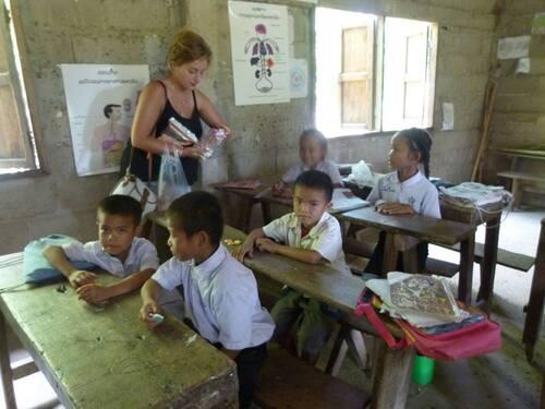 Visite de l'école de Ban Vang Mao