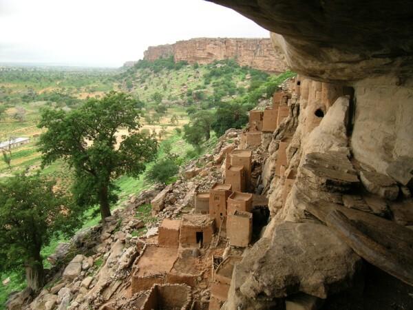800px-Landscape_Dogon_Mali.png