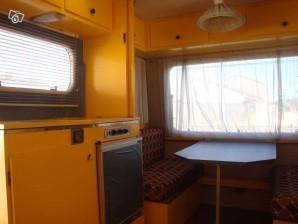 caravane-interieur-grand-format.jpg