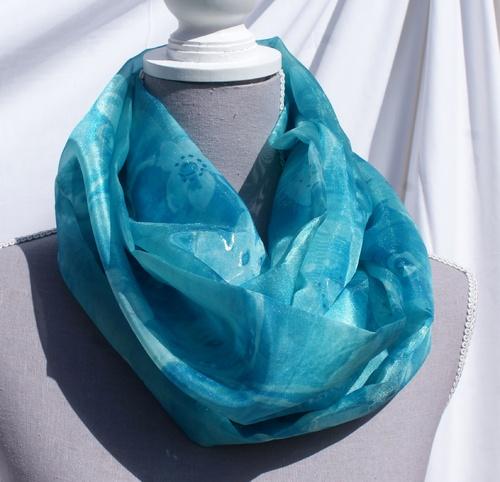 Echarpe tube en polyester en camaïeu de turquoises