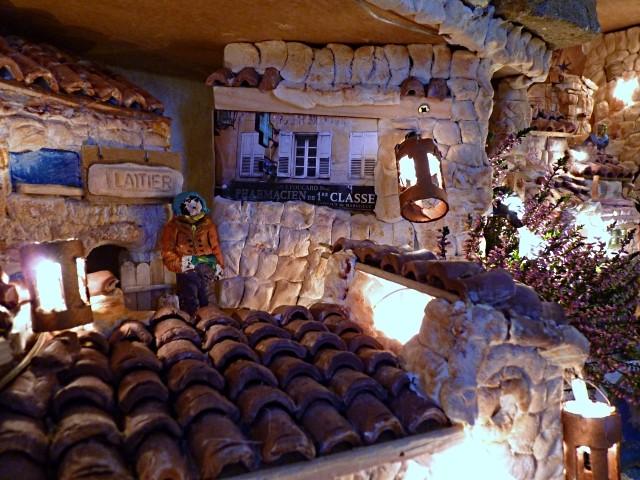 Crèche de Metz 15 Celle de François mp1357 02 01 2011