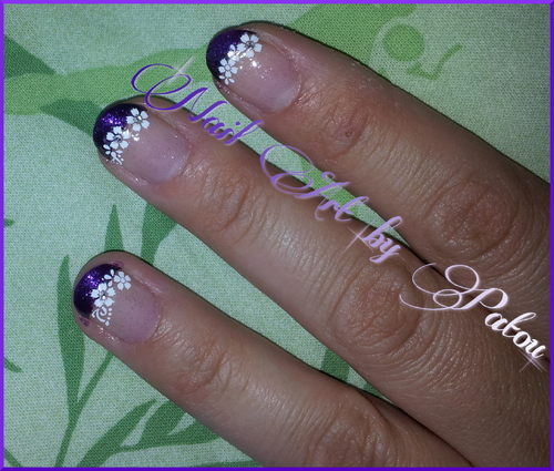 French violette sur ongles courts