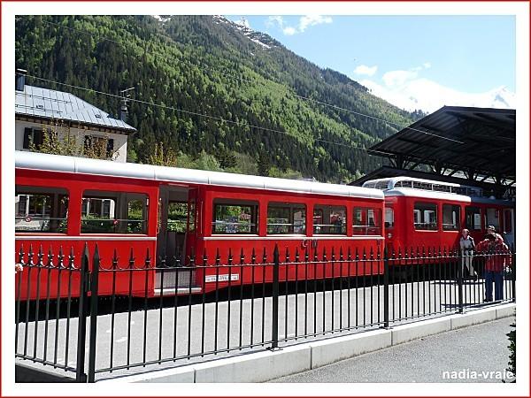 3-juillet-train-a-chamony.jpg