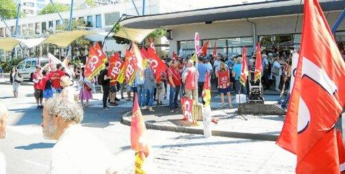 C'est devant la gare SNCF que les syndicalistes étaient appelés à se rassembler