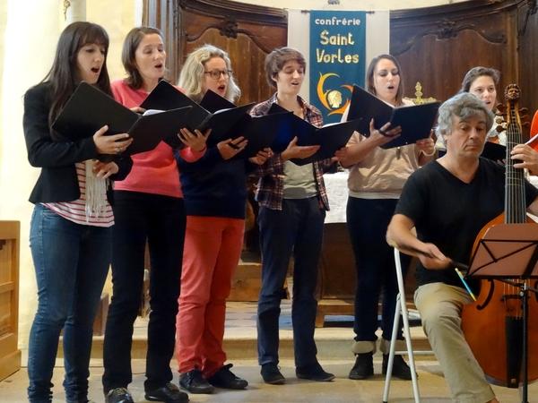 La troisième animation du Concert de l'Hostel Dieu, dans l'église Saint Vorles, a ravi les spectateurs ...